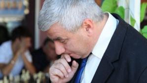 Кирил Георгиев продължава с победите на държавното по шахмат