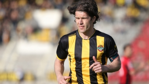 Пенчев разкри защо Иван Цветков не игра срещу Лудогорец - футболистът му поставил ултиматум