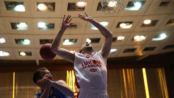 Лукойл Академик отпусна 100 билета на Балкан за мач №1 от финалите