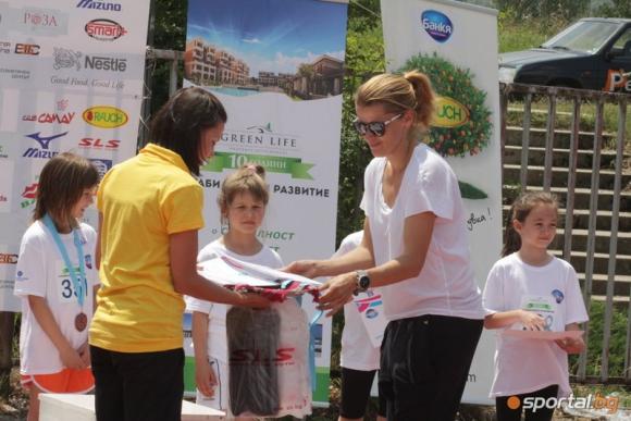 """Над 600 деца участваха в турнирa """"Тереза Маринова и приятели"""""""