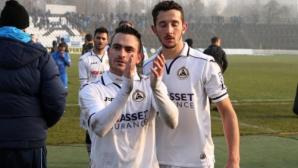 Славия реди трансфер на дуо в Казахстан