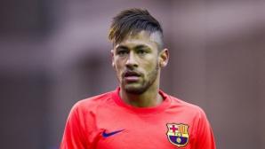 Сантос иска пари от Барселона за Неймар