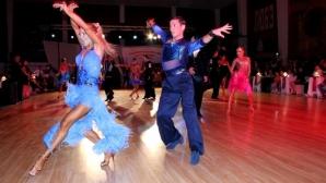 Бургас обра златото в латиноамериканските танци, а Пловдив в стандартните