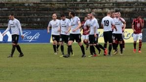 Кошмарен вирус повали осем футболисти от Гълъбово