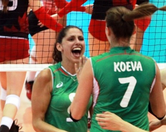 Ева Янева подписа в Китай