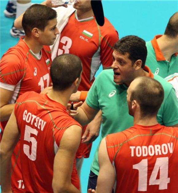 Търсят маска за Теодор Тодоров за мача с Белгия