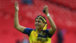Алексис Санчес пропуска началото на сезона заради удължена почивка