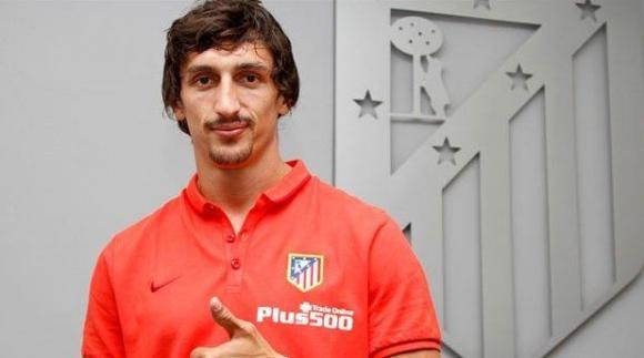 Официално: Атлетико взе Савич