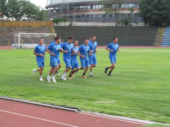 Дунав картотекира 19 футболисти