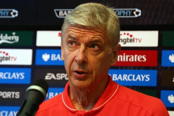 Директор на Арсенал: Венгер може да купи всеки, с изключение на Меси и Роналдо