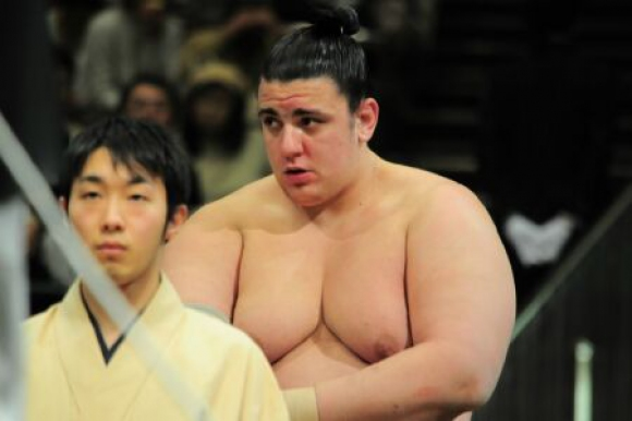 Трета поредна победа за Аоияма в Нагоя