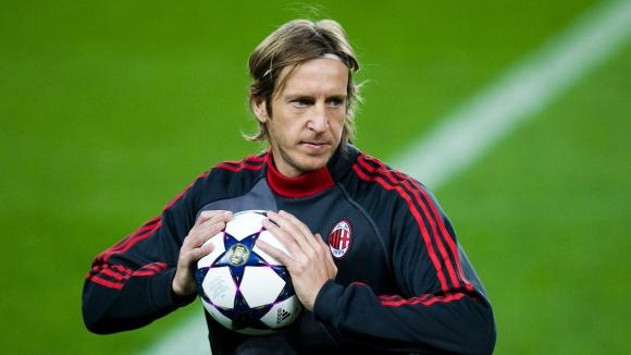 Бивш капитан на Милан: На отбора му трябва само един защитник