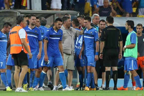 Стойчо Стоев пусна играчите в почивка