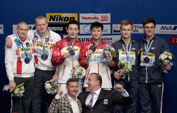 Китайци станаха световни шампиони по синхронни скокове във вода  от триметров трамплин