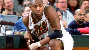 Той спечели $100 млн. в НБА, но сега работи в Starbucks