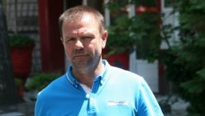 Стойчо Младенов постигна договорка, отива в Египет