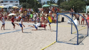 Пълни трибуни и оспорвани мачове за финалите на държавното по плажен хандбал