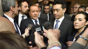 Берлускони и Бий се договориха, твърдят в Италия