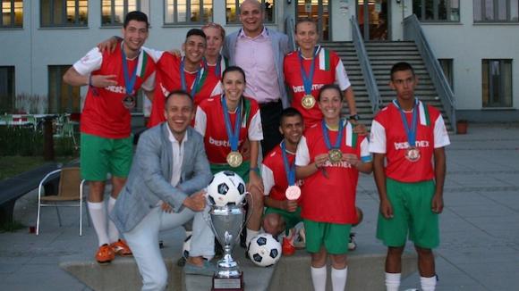 Мъжкият състав на България спечели бронзовите отличия на европейското по стрийт футбол