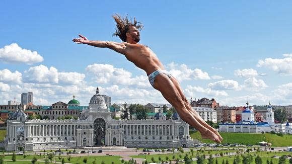 Тодор Спасов десети след първите три кръга във височинните скокове