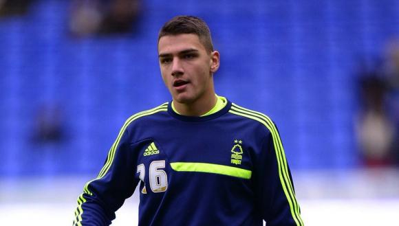 Български вратар остана резерва в първия мач за сезона в английския футбол