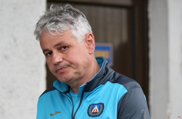 Стойчо Стоев говори за мача с Пирин, Левски със закрита тренировка