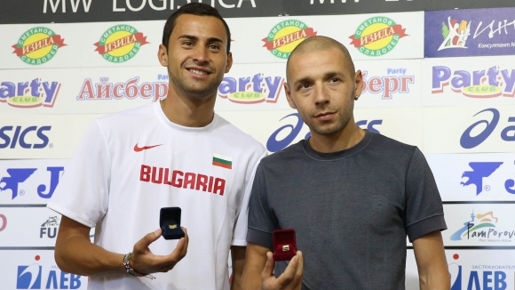 Митко Ценов и Йоло Николов станаха Почетни граждани на Мездра