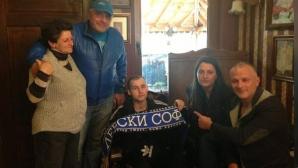 Футболистите от националния отбор се обединиха в благотворителна кауза