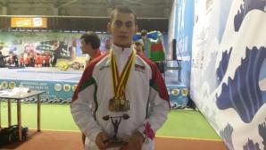 България взе втори медал на ЕП по вдигане на тежести за младежи и девойки