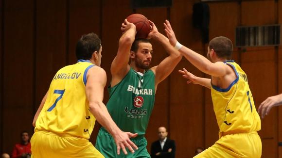 Иван Лилов отново в Балкан
