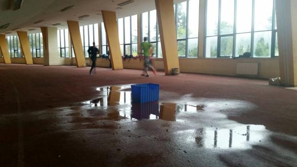 Потресаващо - вижте в какви условия тренират българските атлети