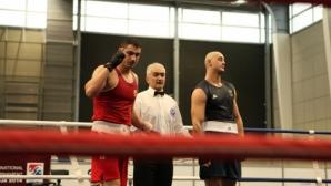 Петър Белберов започна с победа на световното първенство по бокс в Доха