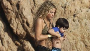 Шакира между работата и децата