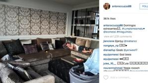 Щракнаха Меси, докато спи на дивана (снимка)