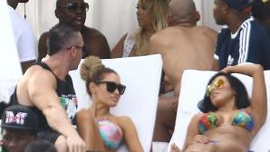 Мейуедър разпуска в Маями