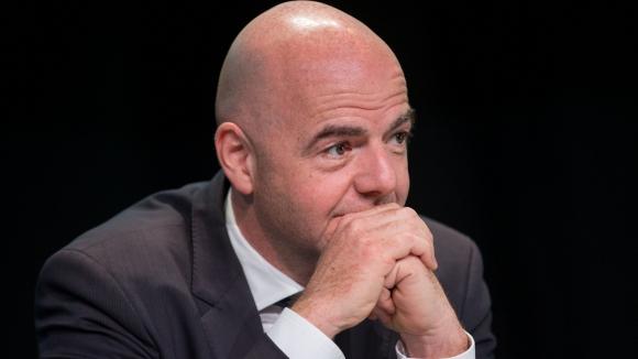 Инфантино прави световно с 40 отбора, ако бъде избран за шеф на ФИФА