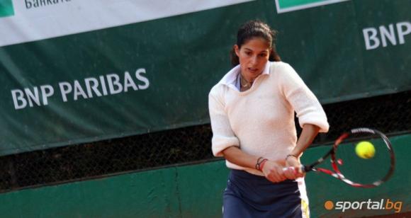Шиникова на четвъртфинал на двойки в Дубай