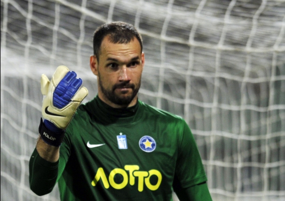 Тежко заболяване погуби 32-годишен вратар, Стилиян Петров скърби