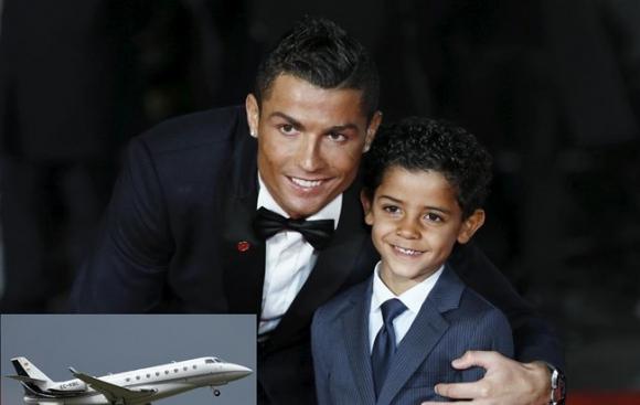 Кристиано си купи самолет за 19 млн. евро