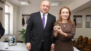 """Влади Лазарова спечели наградата """"Братя Ексерови"""""""