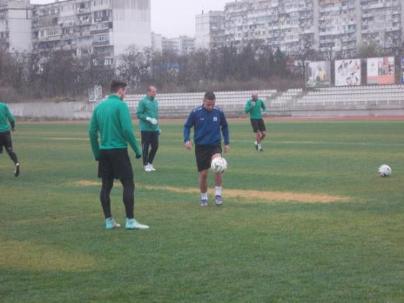 Клок и Буркхардт се включиха в днешната тренировка на Черно море