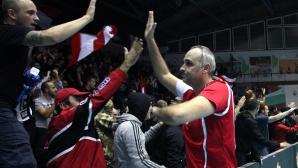 Ивайло Стефанов: Левски се борят - да оцелeят и да изкарат дванадесет души на игрището!