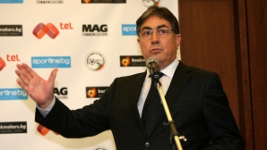 Орманджиев: Васил Божков се консултира с куп специалисти от БФС и ФИФА