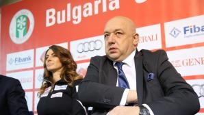 Министър Кралев: Ръководството на ЦСКА умело манипулираше феновете