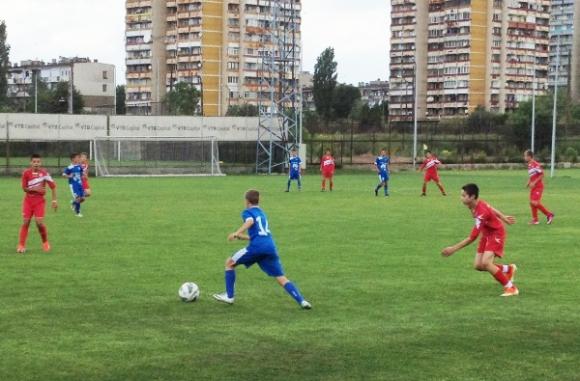 Държавата налива 1 милион лева за млади футболисти