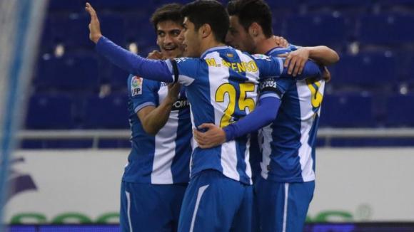 Гълка дебютира с победа в Еспаньол, Севиля довърши Логронес (видео)