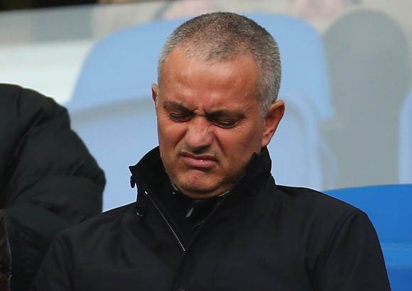 Моуриньо отказал да поеме Рома
