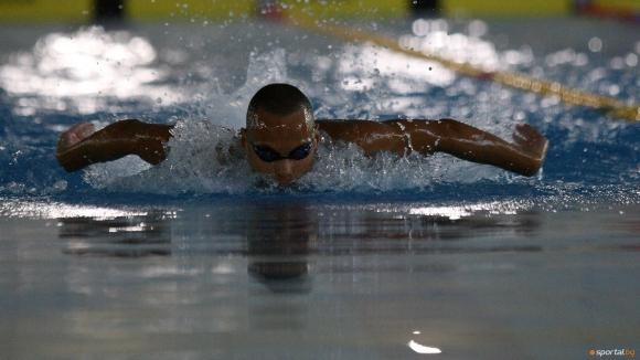Още 10 рекорда паднаха в първия ден на държавното първенство по плуване