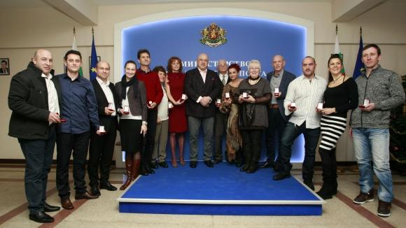 Министър Кралев награди медалистите от Eвропейските мастърс игри