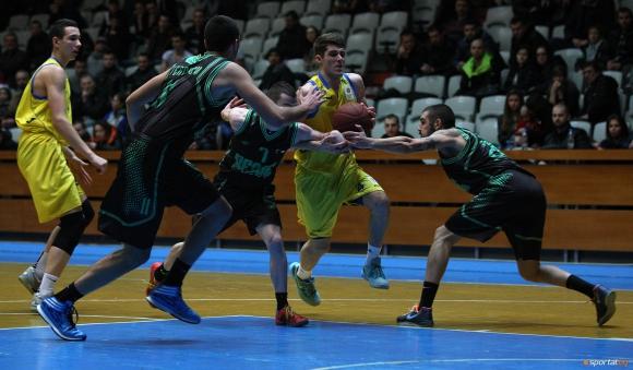 Баскетболистите на Берое пристигнаха в Тиват
